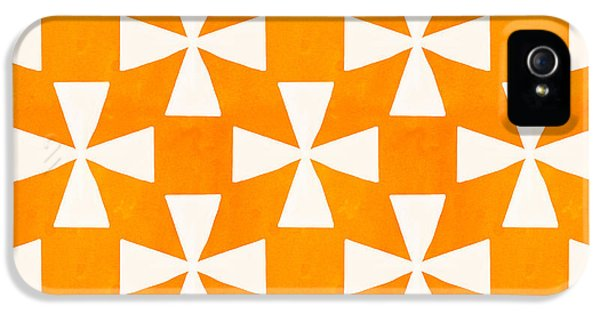 Tangerine Twirl IPhone 5 Case by Linda Woods