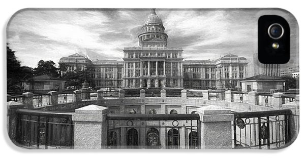 Texas State Capitol Vi IPhone 5 Case by Joan Carroll