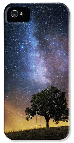 Fairy iPhone 5 Case - The Dreamer's Seat by Luk???? Ild??a