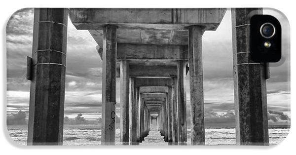 The Iconic Scripps Pier IPhone 5 Case by Larry Marshall