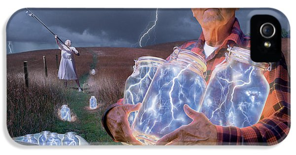 Weather iPhone 5 Case - The Lightning Catchers by Bryan Allen