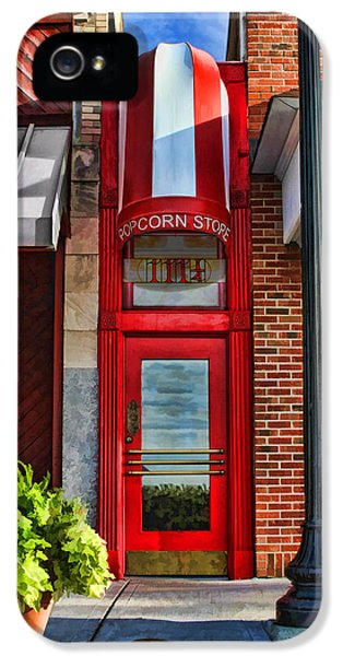 The Little Popcorn Shop In Wheaton IPhone 5 Case by Christopher Arndt