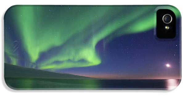 The Moon Shines Down On The Arctic IPhone 5 Case by Hugh Rose