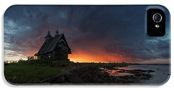 The Old Church On The Coast Of White Sea IPhone 5 Case