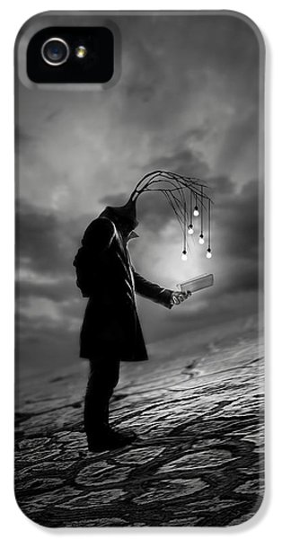 Fairy iPhone 5 Case - The Reader by David Senechal Photographie