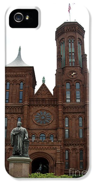 The Smithsonian - Washington Dc IPhone 5 / 5s Case by Christiane Schulze Art And Photography