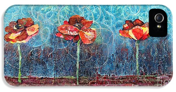 Three Poppies IPhone 5 Case by Shadia Derbyshire