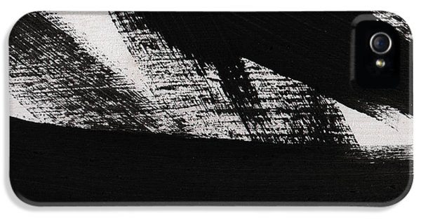 Timber 2- Horizontal Abstract Black And White Painting IPhone 5 Case by Linda Woods