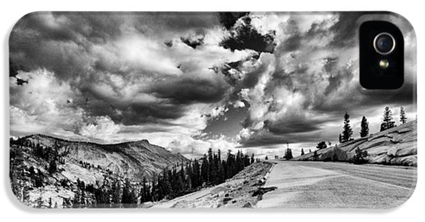 Tioga Pass IPhone 5 Case by Cat Connor