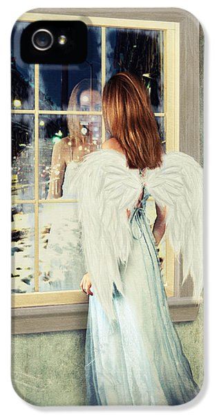 Too Cold For Angels IPhone 5 Case by Linda Lees