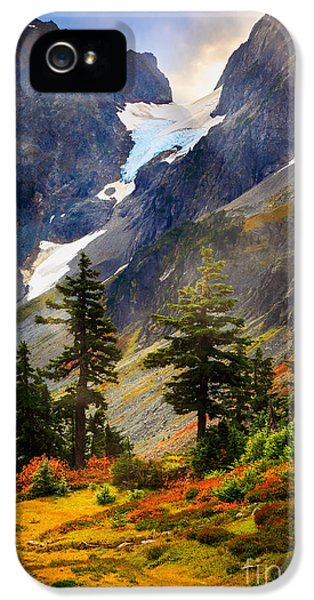 Top Of Cascade Pass IPhone 5 Case by Inge Johnsson