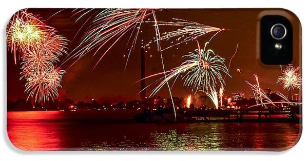Toronto Fireworks IPhone 5 Case by Elena Elisseeva