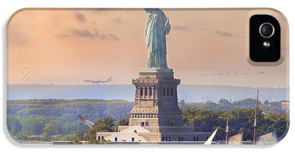 Traveling Freedom IPhone 5 Case by Betsy Knapp