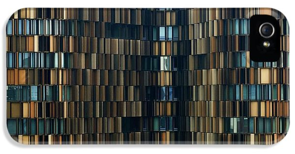 Office Buildings iPhone 5 Case - U15 by Roberto Merlino