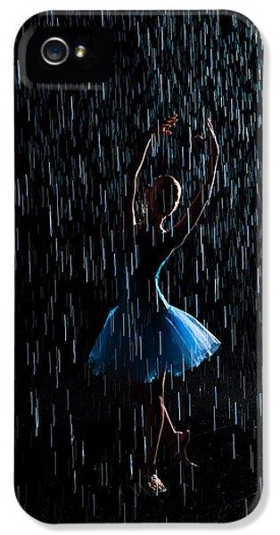 Under The Rain IPhone 5 Case by Zina Zinchik