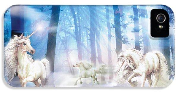 Unicorns IPhone 5 Case by Zorina Baldescu