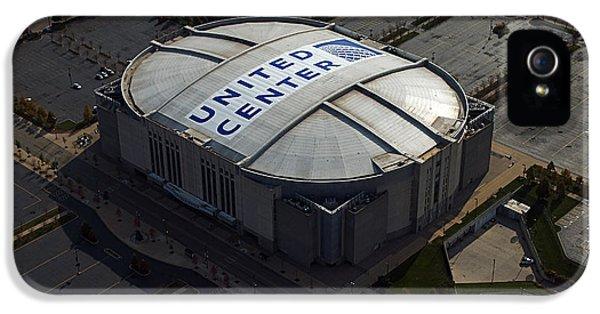 United Center Chicago Sports 09 IPhone 5 Case