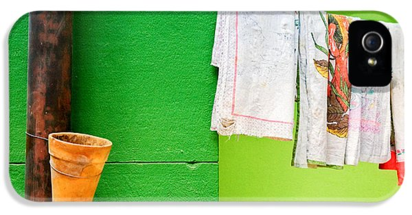 IPhone 5 Case featuring the photograph Vase Towels And Green Wall by Silvia Ganora