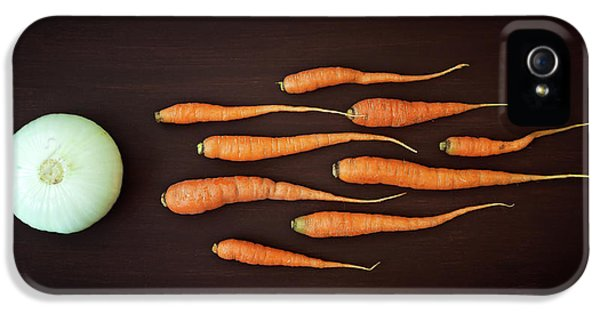 Carrot iPhone 5 Case - Vegetable Reproduction by Nermin Smaji?