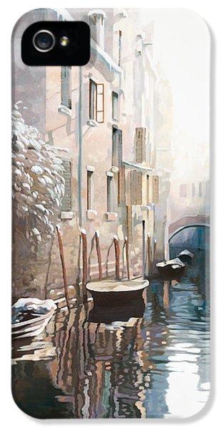 Venezia Sotto La Neve IPhone 5 Case by Guido Borelli