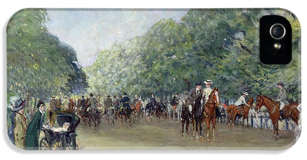 View Of Hyde Park With Figures On Rotten Row  IPhone 5 / 5s Case by Albert Jnr Ludovici