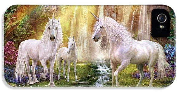 Waaterfall Glade Unicorns IPhone 5 Case by Jan Patrik Krasny