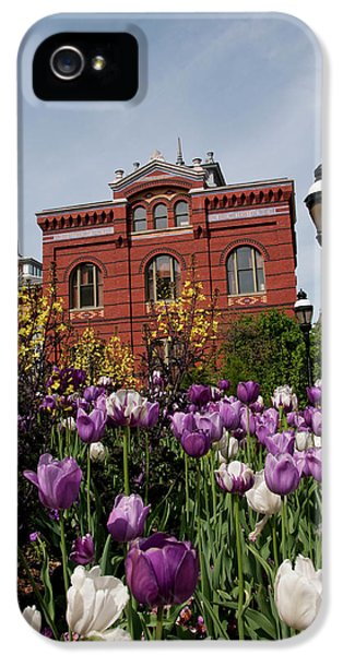 Washington Dc, Tulips At The Smithsonian IPhone 5 Case