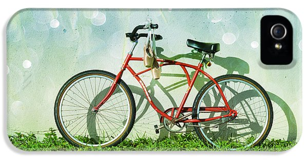 Bicycle iPhone 5 Case - Weekender Special by Laura Fasulo