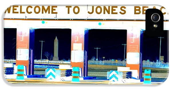 Welcome To Jones Beach IPhone 5 Case by Ed Weidman