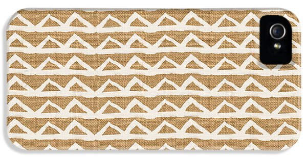 White Triangles On Burlap IPhone 5 Case by Linda Woods