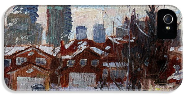 Winter In Mississauga  IPhone 5 / 5s Case by Ylli Haruni