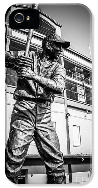 Wrigley Field Ernie Banks Statue In Black And White IPhone 5 / 5s Case by Paul Velgos