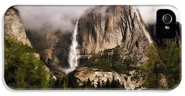 Yosemite Valley View IPhone 5 Case