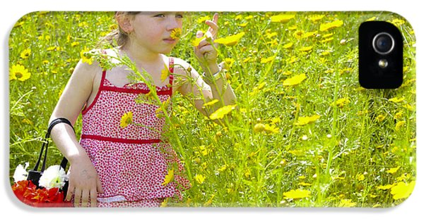 Girl Picking Flowers IPhone 5 Case by Amir Paz