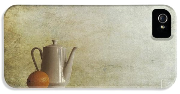 A Jugful Tea And A Orange IPhone 5 Case by Priska Wettstein
