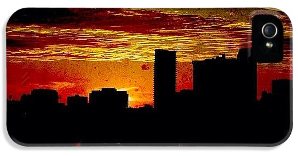 Architecture iPhone 5 Case - And Yet Another Day Closes by Matthew Blum