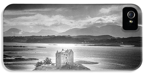 Dungeon iPhone 5 Case - Castle Stalker by Simon Marsden