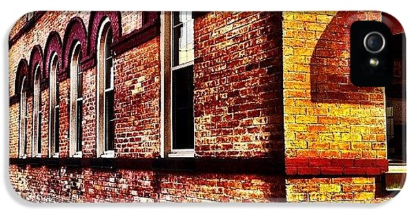 Iphoneonly iPhone 5 Case - Corner Building by Christopher Campbell