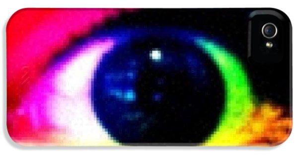 Bright iPhone 5 Case - Eye by Lea Ward
