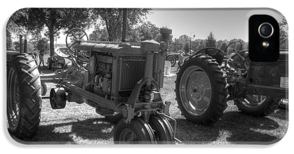 Oliver Tractor iPhone 5 Case - Farmall And Oliver In B-w by David Bearden