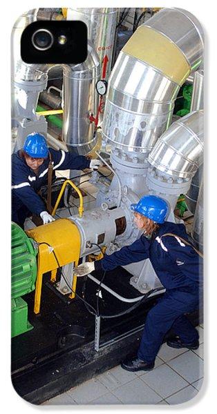 Gas Compressor Servicing IPhone 5 Case
