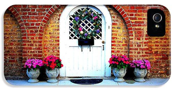 House Door 10 In Charleston Sc  IPhone 5 Case by Susanne Van Hulst