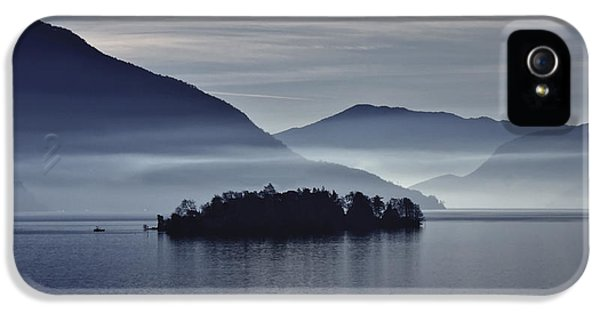 Island In Morning Mist IPhone 5 Case by Joana Kruse