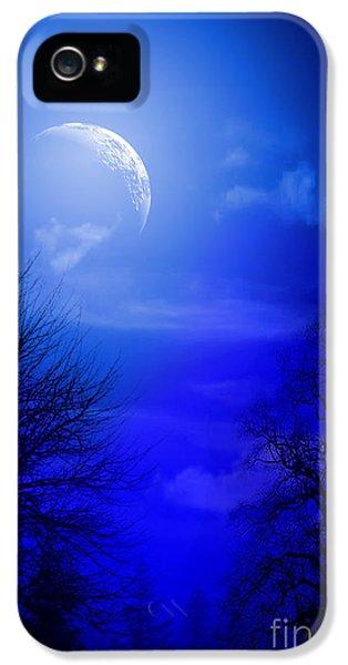 Mystic Night IPhone 5 Case by Mark Ashkenazi