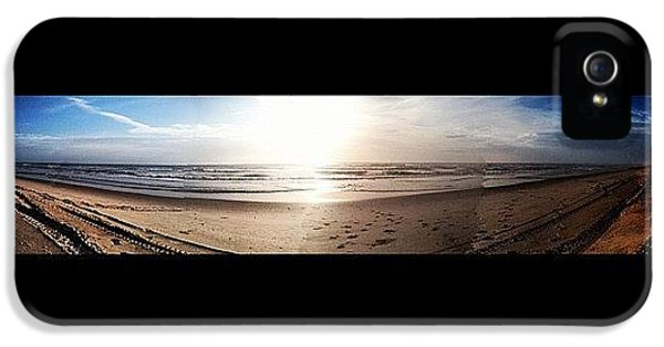 Bright iPhone 5 Case - Panoramic Picture Of The Sunrise by Lea Ward