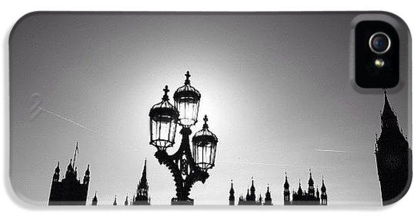 London iPhone 5 Case - #photooftheday #natgeohub #instagood by Ozan Goren