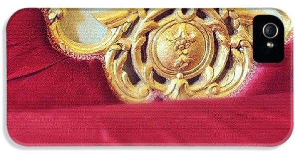 Detail iPhone 5 Case - Red Sofa by Matthias Hauser