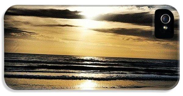 Bright iPhone 5 Case - Sunrise On The Beach by Lea Ward