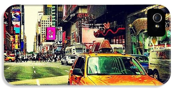City iPhone 5 Case - Times Square Taxi by Luke Kingma