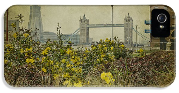 IPhone 5 Case featuring the photograph Tower Bridge In Springtime. by Clare Bambers